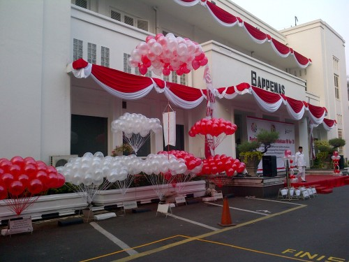 Balon Gas Bappenas HUT RI 2015